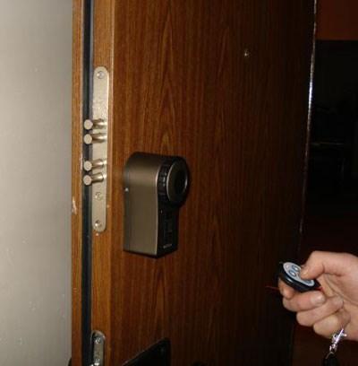 Как установить двери в майнкрафте