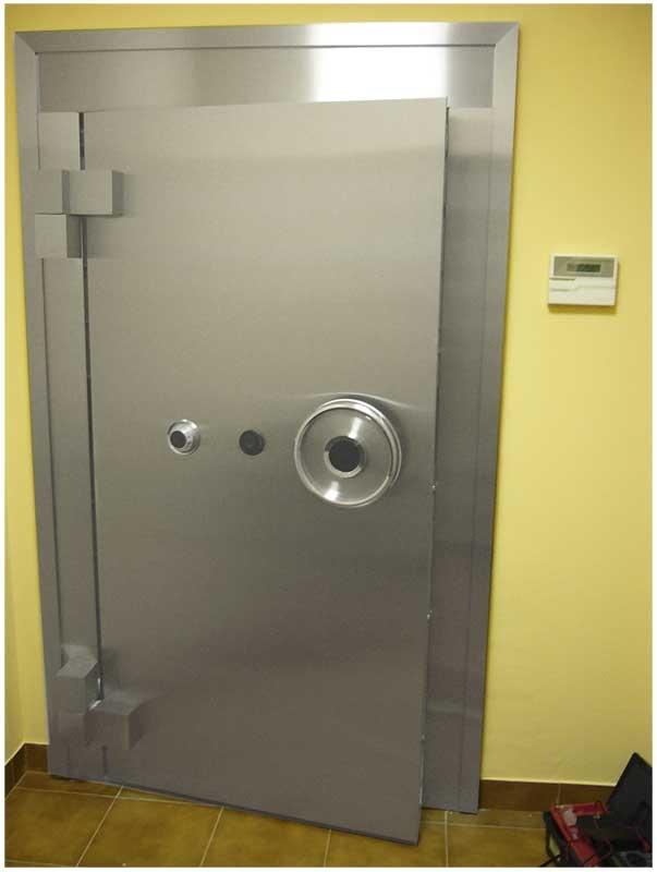 дверь металлическая бронированная цена