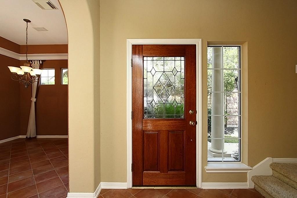 декор входной двери зеркало
