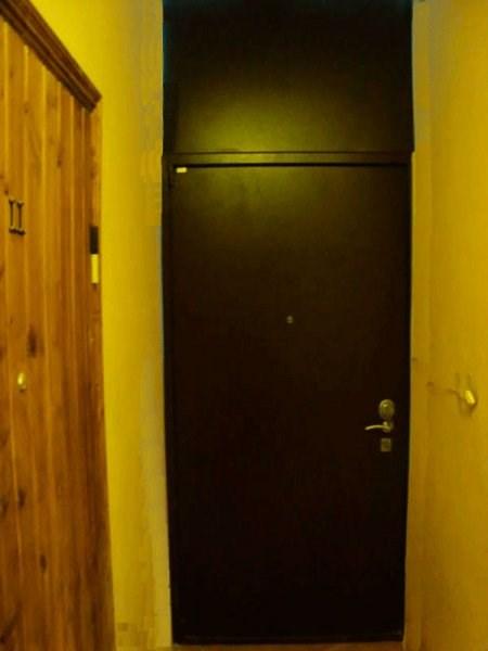 высота входной двери в хрущевке кирпич