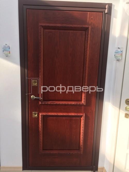 входная дверь филенчатая белая