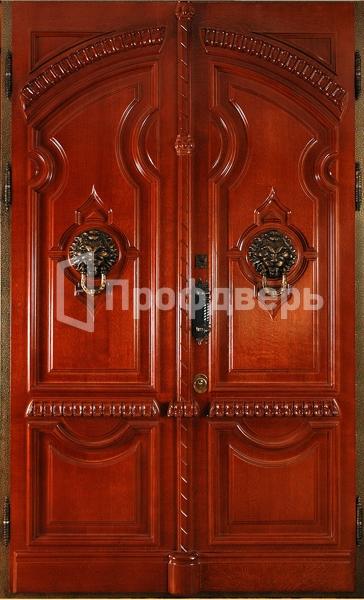железная дверь из массива
